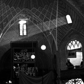 سوگواره دوم-عکس 8-حبیب پروین قدس-جلسه هیأت فضای داخلی
