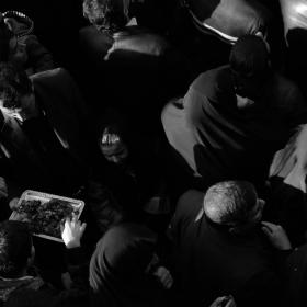 سوگواره دوم-عکس 4-نسرین تاران-جلسه هیأت فضای بیرونی