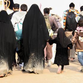 سوگواره سوم-عکس 7-حمید اسماعیل زاده-پیاده روی اربعین از نجف تا کربلا