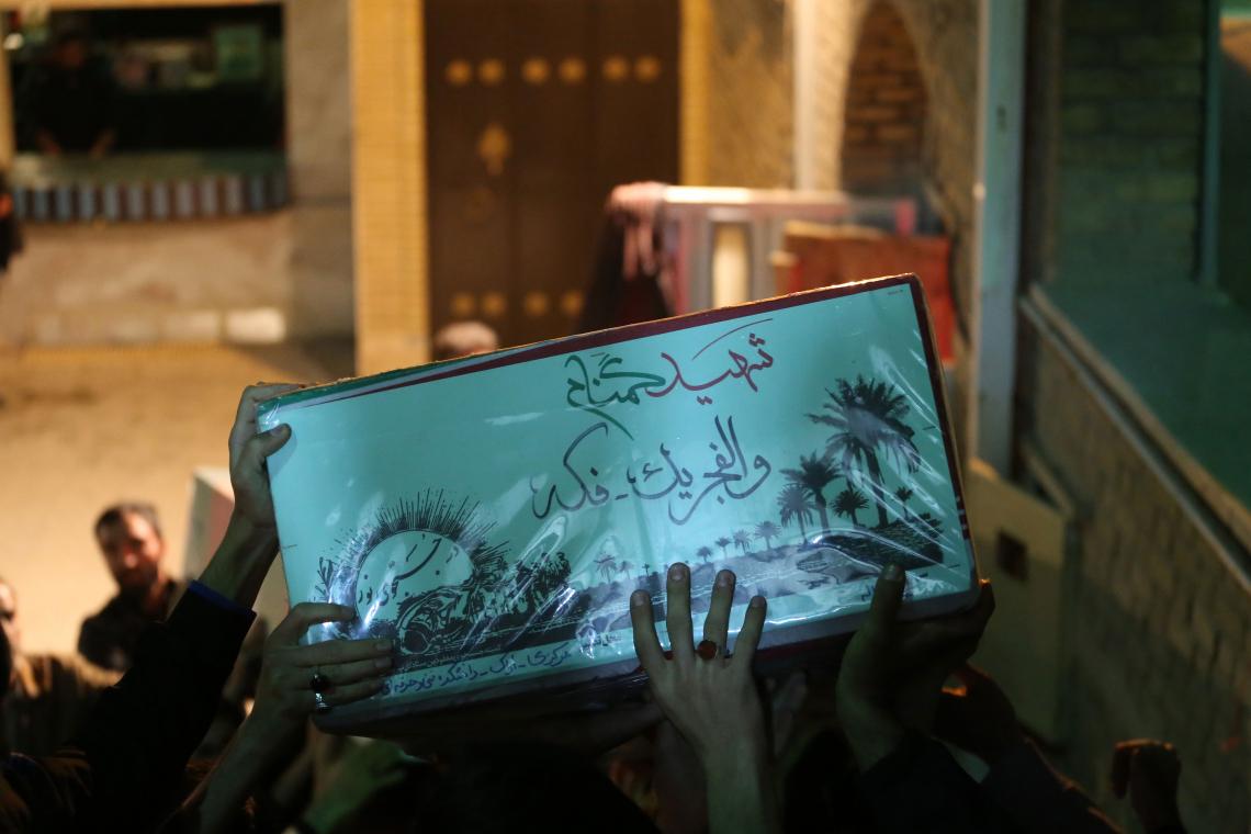 سوگواره پنجم-عکس 25-مسعود مهراد-جلسه هیأت فضای بیرونی