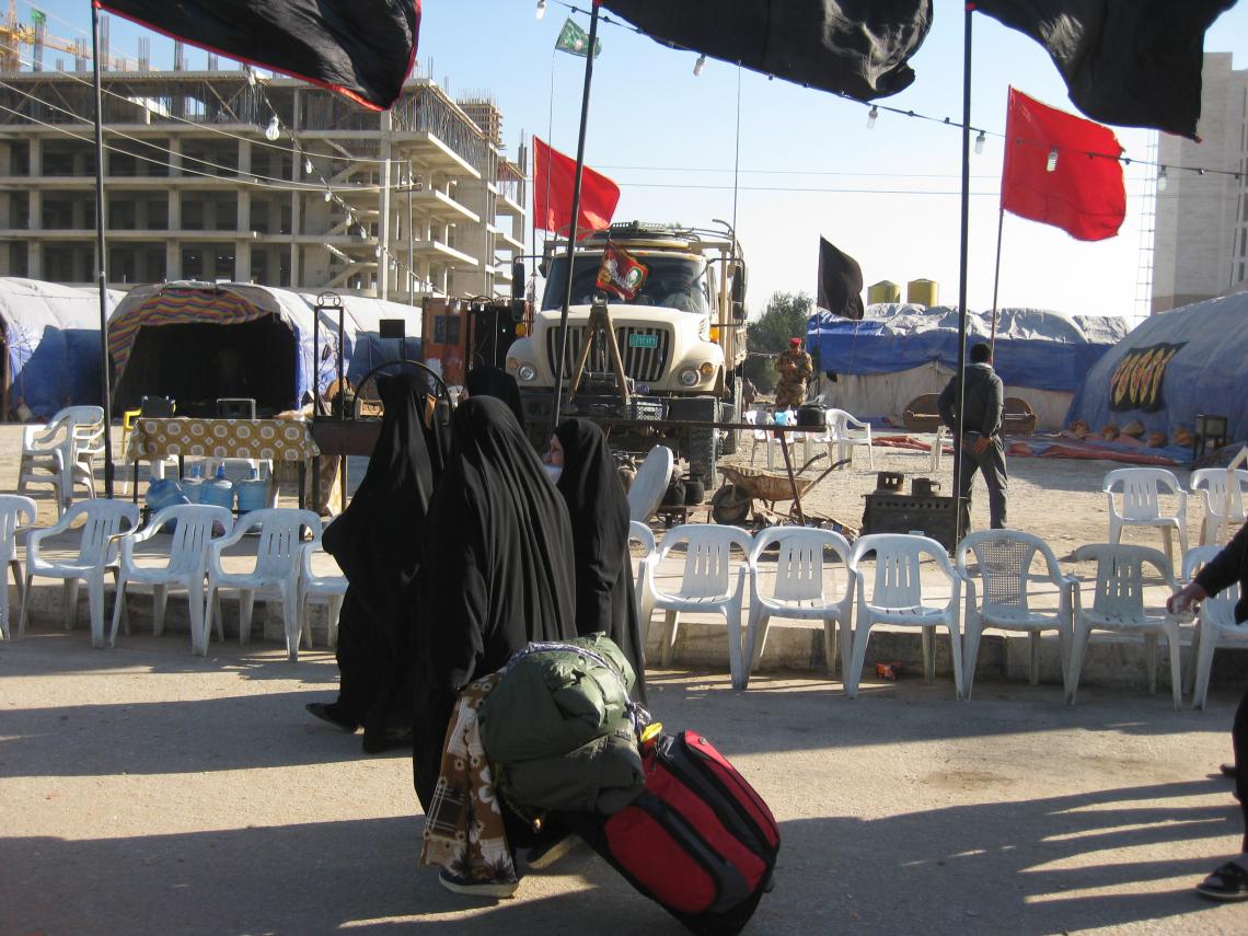 سوگواره دوم-عکس 63-محمد کشاورز-پیاده روی اربعین از نجف تا کربلا