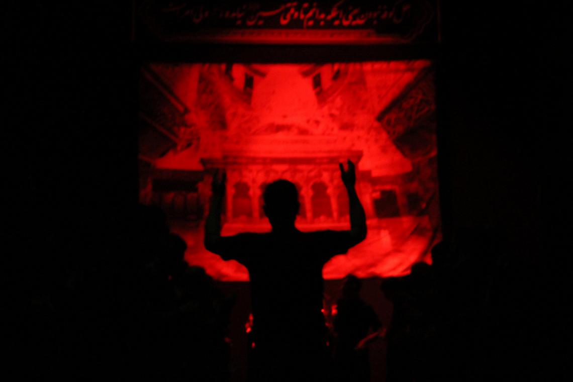سوگواره چهارم-عکس 48-حسین دیواندری-جلسه هیأت فضای داخلی
