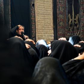 فراخوان ششمین سوگواره عاشورایی عکس هیأت-آمنه محمدی-بخش اصلی -جلسه هیأت