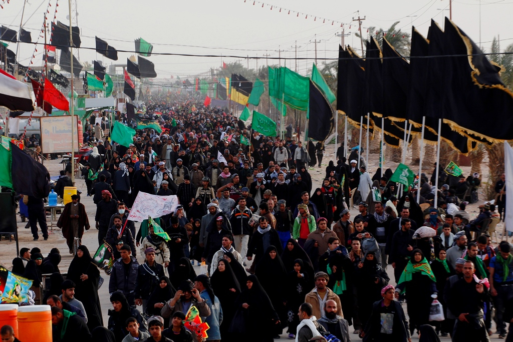 سوگواره چهارم-عکس 50-امير رضا فخري-پیاده روی اربعین از نجف تا کربلا