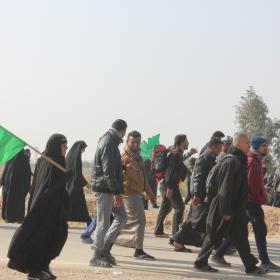 سوگواره سوم-عکس 10-امیر ورزدار-پیاده روی اربعین از نجف تا کربلا