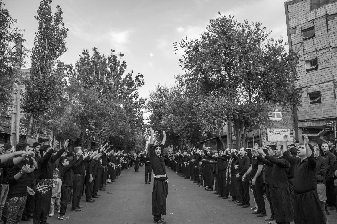 سوگواره پنجم-عکس 5-مسعود علوی میلانی-جلسه هیأت فضای بیرونی