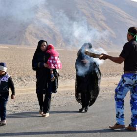 سوگواره پنجم-عکس 17-حسین محبی-پیاده روی اربعین از نجف تا کربلا