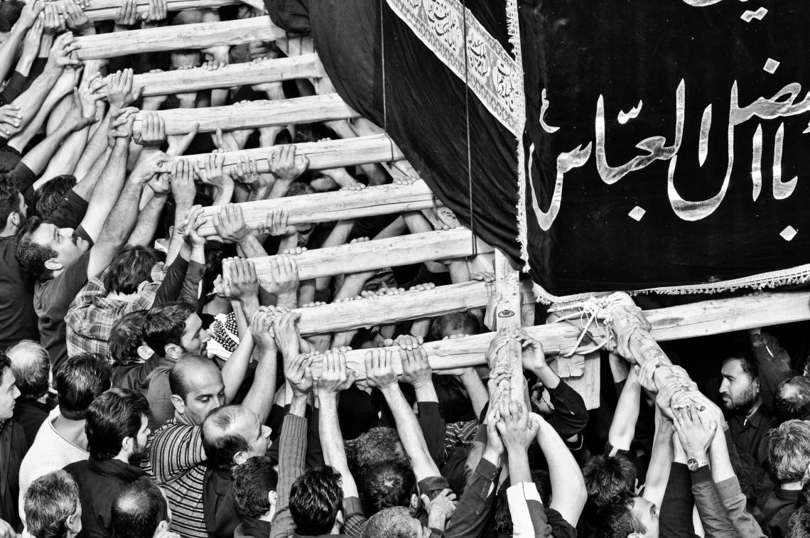 سوگواره دوم-عکس 45-امیر حسین علیداقی-جلسه هیأت فضای داخلی