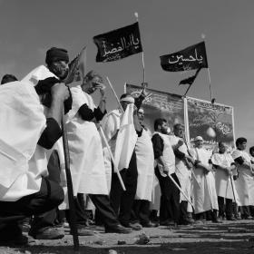 سوگواره پنجم-عکس 31-محمدرضا بهمرام-جلسه هیأت فضای بیرونی