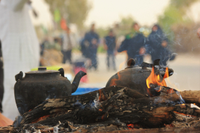 فراخوان ششمین سوگواره عاشورایی عکس هیأت-احمد قارداش پور طرقی-بخش اصلی -جلسه هیأت