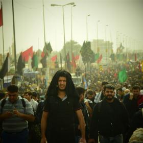 سوگواره پنجم-عکس 1-محمد وحیدیان-پیاده روی اربعین از نجف تا کربلا