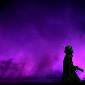 سوگواره دوم-عکس 7-حسین نخجوان-جلسه هیأت فضای بیرونی