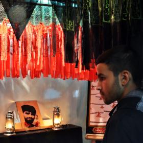 سوگواره دوم-عکس 15-محمدامین غفاری-جلسه هیأت فضای بیرونی