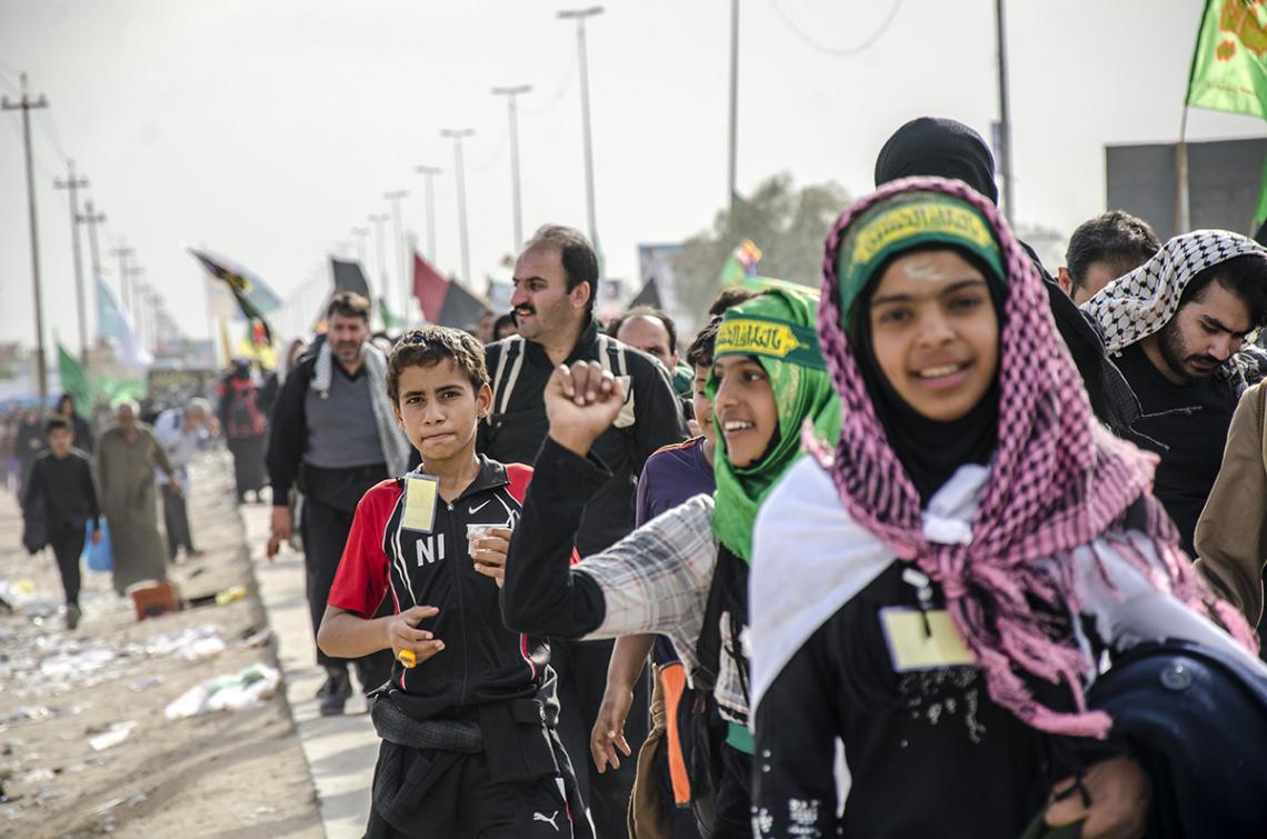 سوگواره سوم-عکس 46-محمدامین غفاری-پیاده روی اربعین از نجف تا کربلا